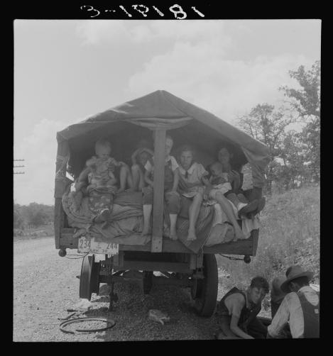 1 1 1 1 1 Arkansas family waiting on repair in OK on way to Calif Lange 1936 8b32349a.jpg